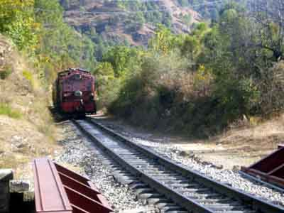 simla toy train